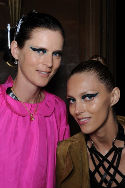 versace-haute-couture-autumn-winter-2014-2015-backstage-20