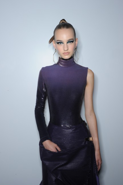 versace-haute-couture-autumn-winter-2014-2015-backstage-90