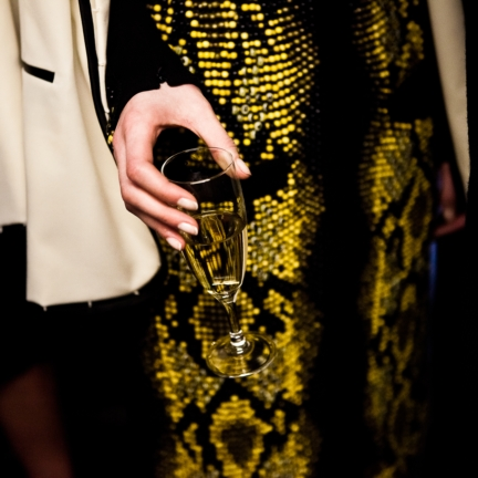 jean-paul-gaultier-paris-haute-couture-spring-summer-2015-backstage-12