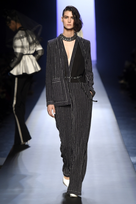 jean-paul-gaultier-paris-haute-couture-spring-summer-2015-runway-13