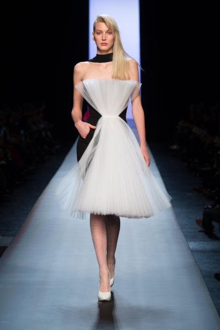 jean-paul-gaultier-paris-haute-couture-spring-summer-2015-runway-23