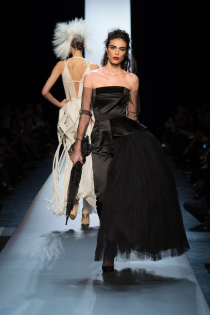 jean-paul-gaultier-paris-haute-couture-spring-summer-2015-runway-63