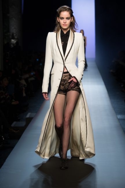 jean-paul-gaultier-paris-haute-couture-spring-summer-2015-runway-8