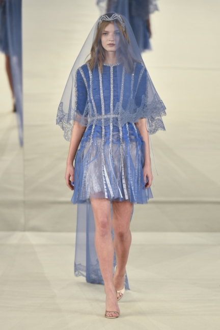 alexis_mabille_hcss17_look_15