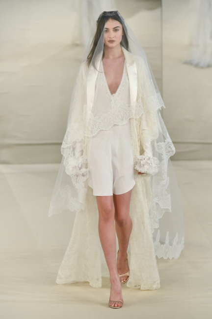 alexis_mabille_hcss17_look_16