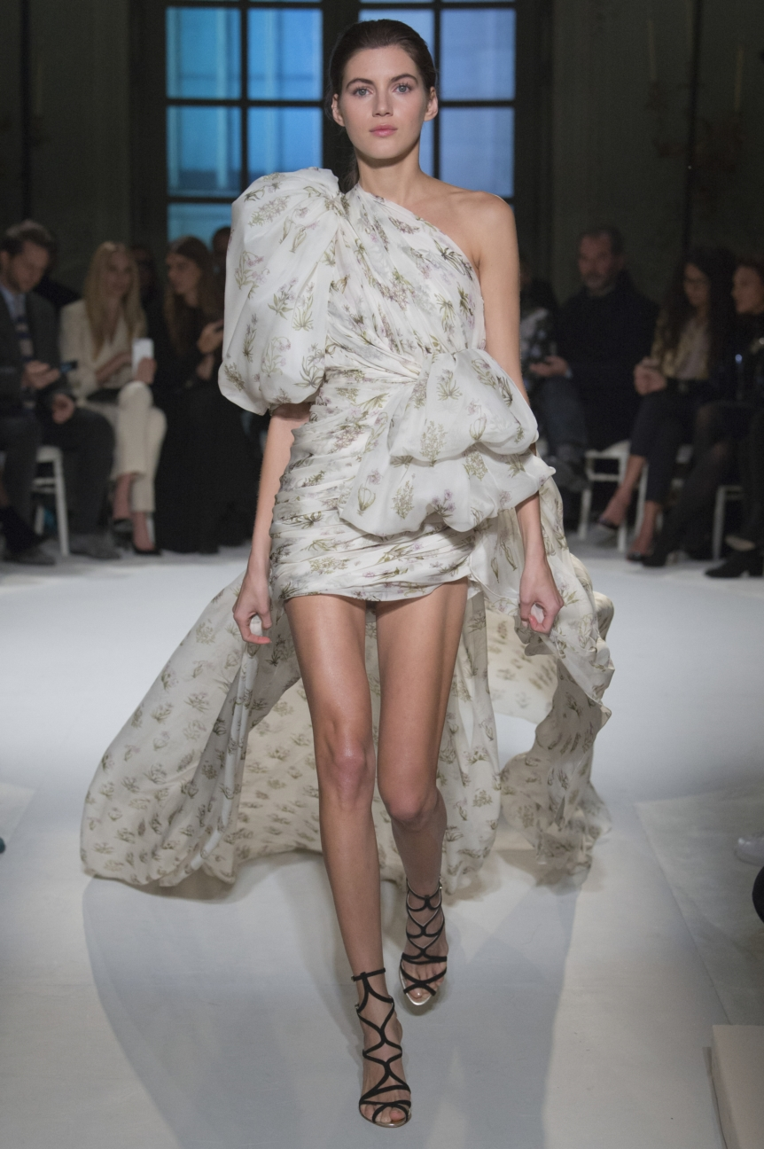 giambattista-valli-haute-couture-12-look-18