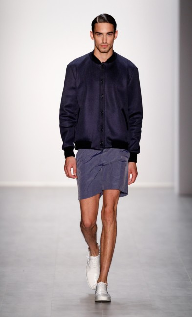 hien-le-mercedes-benz-fashion-week-berlin-spring-summer-2015-13