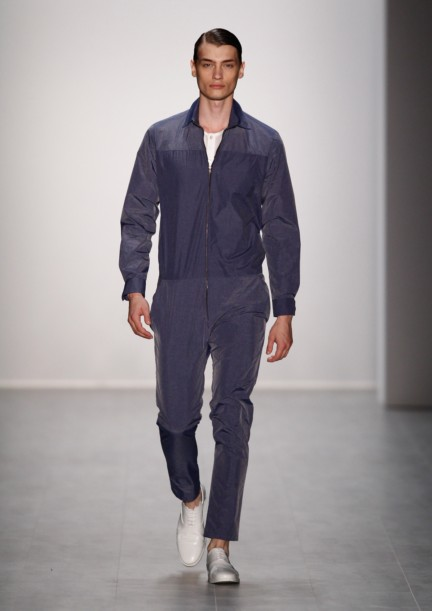hien-le-mercedes-benz-fashion-week-berlin-spring-summer-2015-15