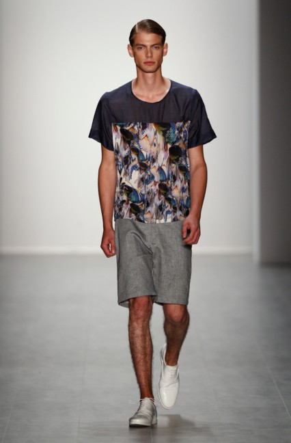 hien-le-mercedes-benz-fashion-week-berlin-spring-summer-2015-19