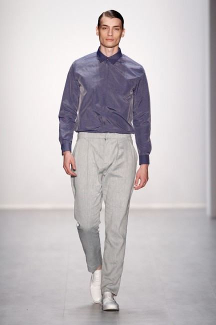 hien-le-mercedes-benz-fashion-week-berlin-spring-summer-2015-26