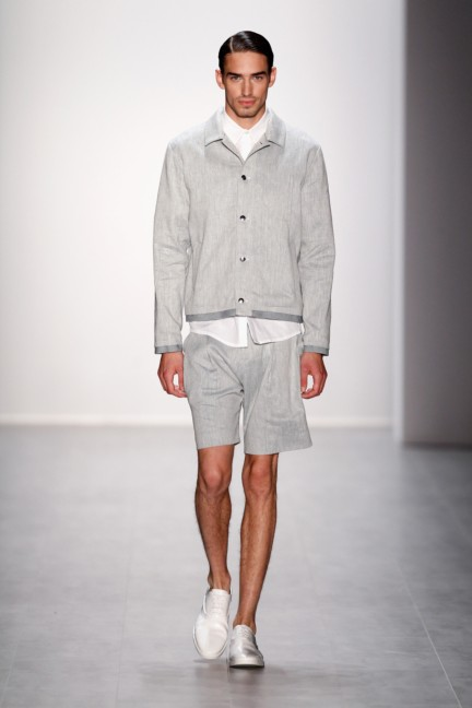 hien-le-mercedes-benz-fashion-week-berlin-spring-summer-2015-28