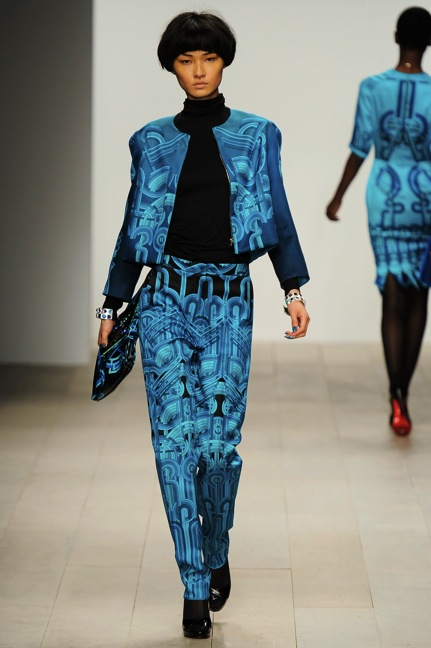Holly Fulton Autumn Winter 2012 London Fashion Week Copyright Catwalking.com 'One Time Only' Publication Editorial Use Only