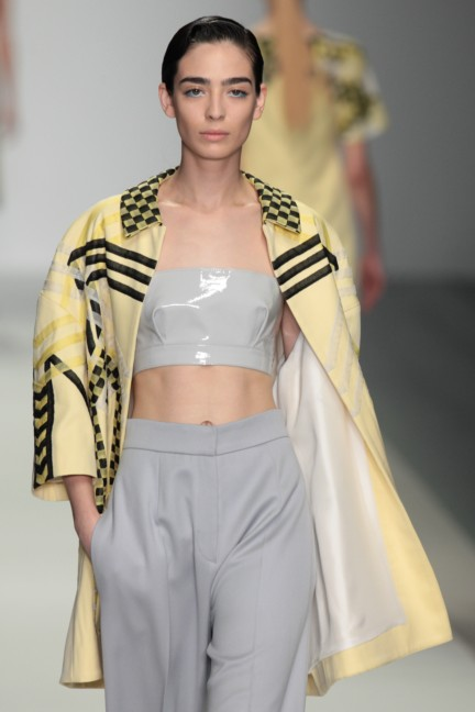 holly-fulton-london-fashion-week-spring-summer-2015-14