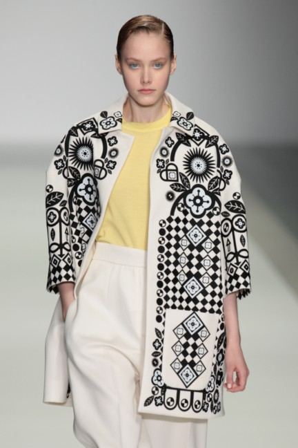 holly-fulton-london-fashion-week-spring-summer-2015-2