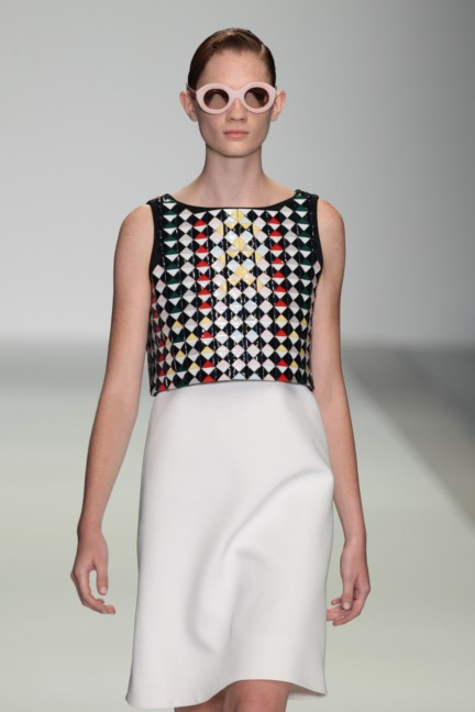 holly-fulton-london-fashion-week-spring-summer-2015-20