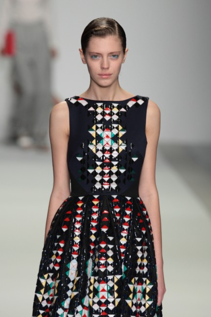 holly-fulton-london-fashion-week-spring-summer-2015-22