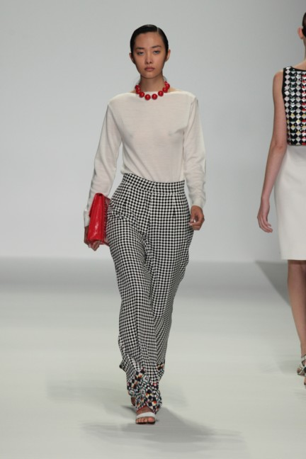 holly-fulton-london-fashion-week-spring-summer-2015-23