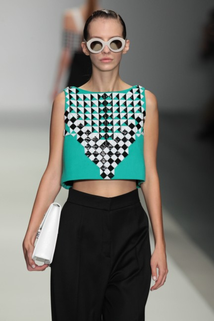 holly-fulton-london-fashion-week-spring-summer-2015-28