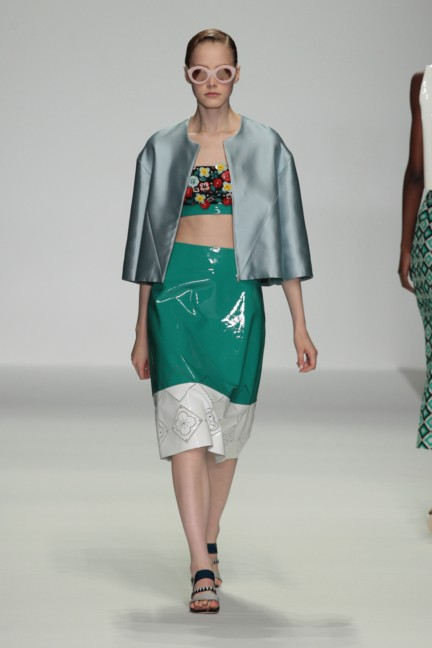 holly-fulton-london-fashion-week-spring-summer-2015-33
