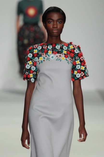 holly-fulton-london-fashion-week-spring-summer-2015-36