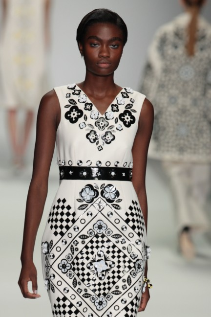 holly-fulton-london-fashion-week-spring-summer-2015-4