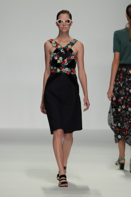 holly-fulton-london-fashion-week-spring-summer-2015-41