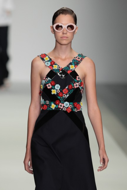holly-fulton-london-fashion-week-spring-summer-2015-42