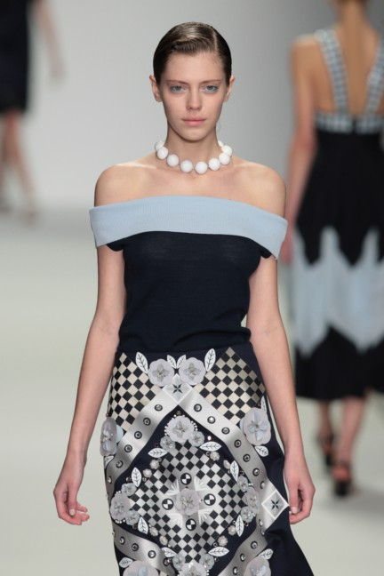 holly-fulton-london-fashion-week-spring-summer-2015-48