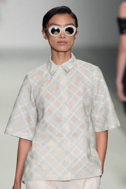 holly-fulton-london-fashion-week-spring-summer-2015-52