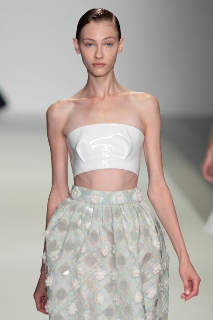 holly-fulton-london-fashion-week-spring-summer-2015-56
