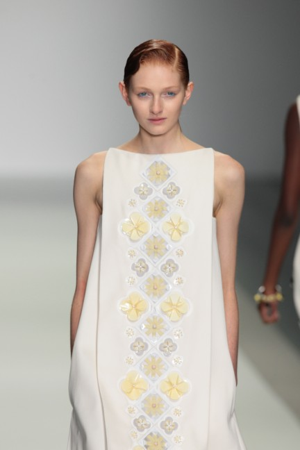 holly-fulton-london-fashion-week-spring-summer-2015-6