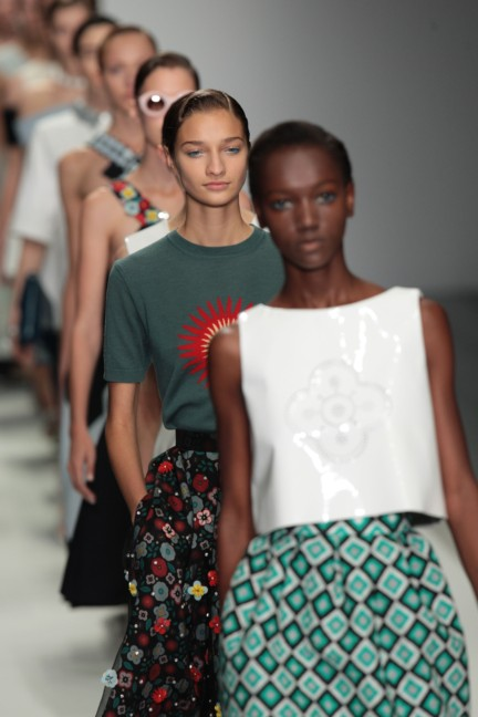 holly-fulton-london-fashion-week-spring-summer-2015-65