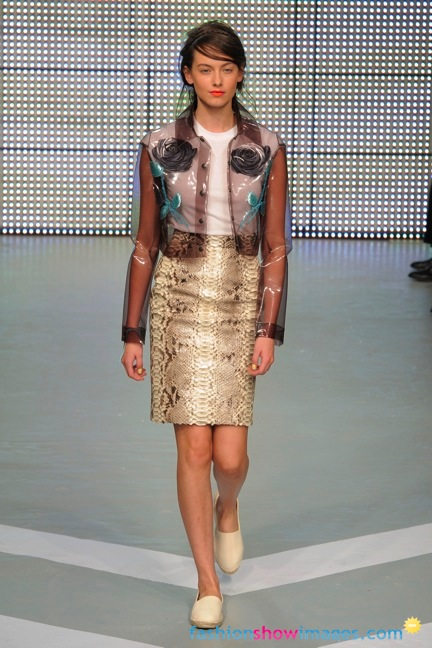 holly-fulton_2012_32