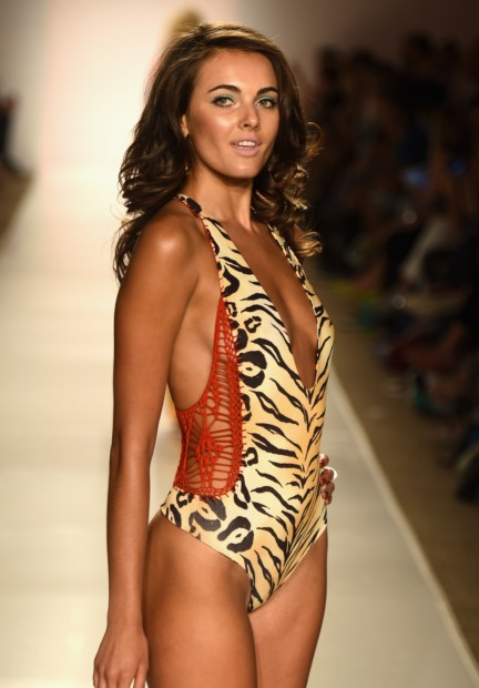indah-mercedes-benz-fashion-week-miami-swim-2015-146