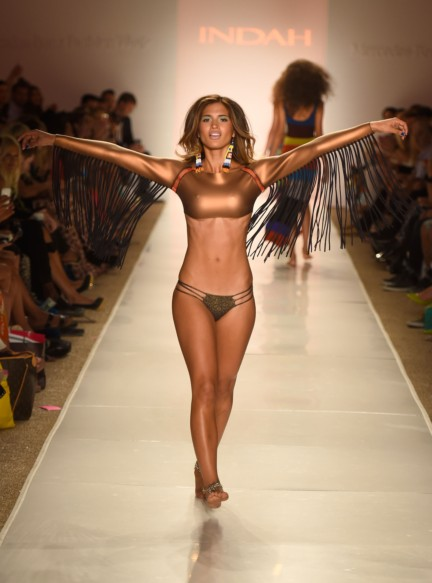 indah-mercedes-benz-fashion-week-miami-swim-2015-147
