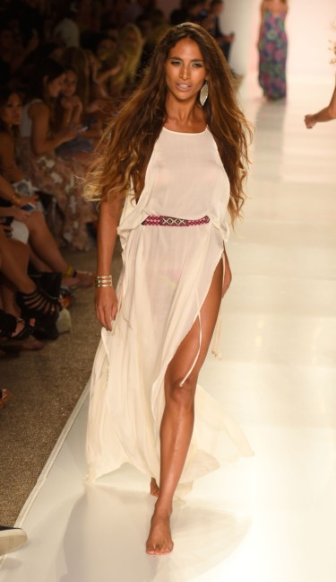 indah-mercedes-benz-fashion-week-miami-swim-2015-25