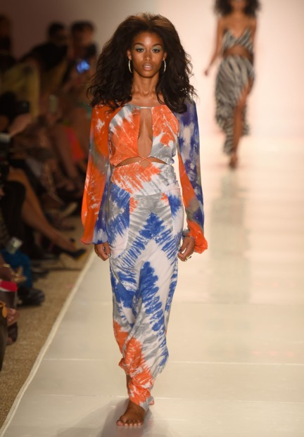 indah-mercedes-benz-fashion-week-miami-swim-2015-3