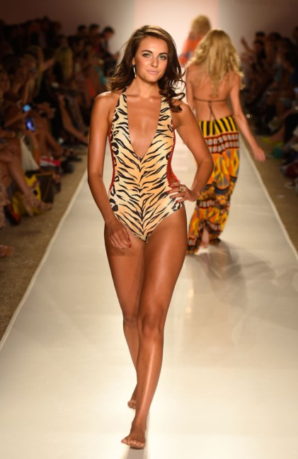 indah-mercedes-benz-fashion-week-miami-swim-2015-4