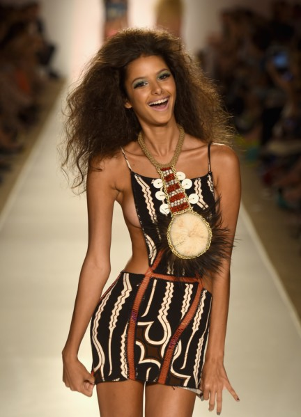 indah-mercedes-benz-fashion-week-miami-swim-2015-81
