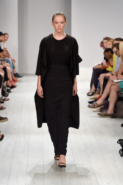 isabell-de-hillerin-mercedes-benz-fashion-week-berlin-spring-summer-2015-20
