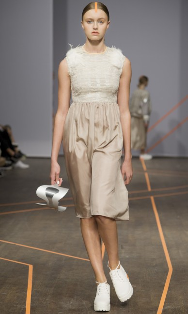 isabell-yalda-hellysaz-fashion-week-stockholm-spring-summer-2015-15