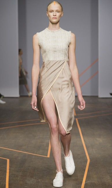 isabell-yalda-hellysaz-fashion-week-stockholm-spring-summer-2015-6