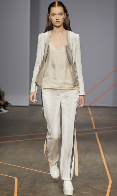 isabell-yalda-hellysaz-fashion-week-stockholm-spring-summer-2015