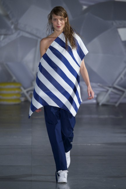 jacquemus-paris-fashion-week-spring-summer-2015-17