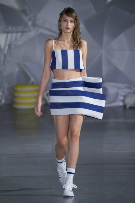 jacquemus-paris-fashion-week-spring-summer-2015-19