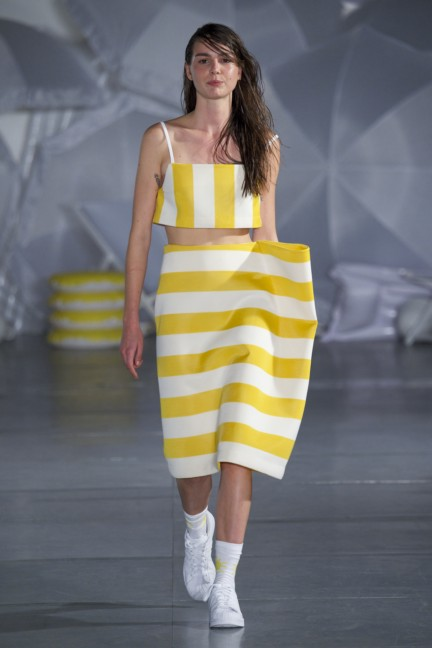 jacquemus-paris-fashion-week-spring-summer-2015-23