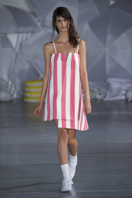 jacquemus-paris-fashion-week-spring-summer-2015-27