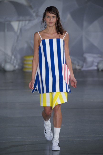 jacquemus-paris-fashion-week-spring-summer-2015-29