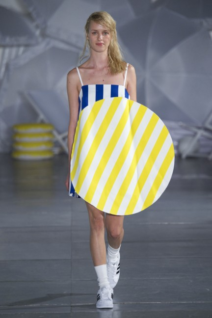 jacquemus-paris-fashion-week-spring-summer-2015-31