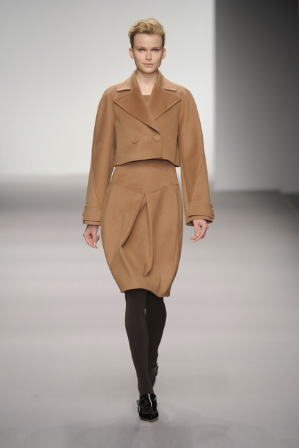 aw12-look_001